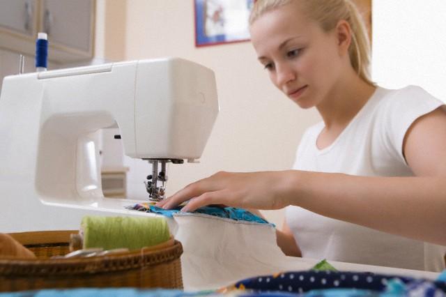 Работа на швейной машине