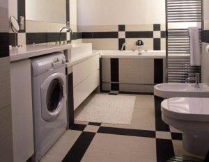 СМ в санитарной комнате